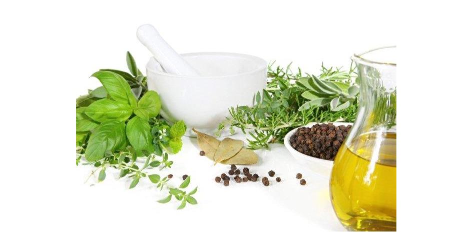 Saviez-vous qu'il était possible de se démaquiller avec de l'huile végétal? Quelle est votre huile préférée?